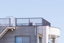 二階建ての木造住宅に屋上は作れますか?