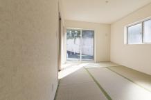 畳の部屋をクッションフロアの床にしたい。