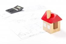 家の増築費用:リビング、玄関、ベランダはいくら?