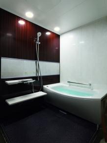 心地よさと掃除しやすさを両立したマンション用バスルーム|TOTO マンションリモデル